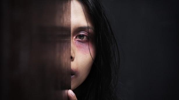 Przemoc wobec kobiet i dziewczynek